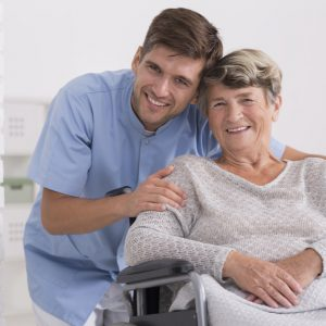 歯科訪問診療で可能な治療内容とは?在宅治療でもここまでできる!