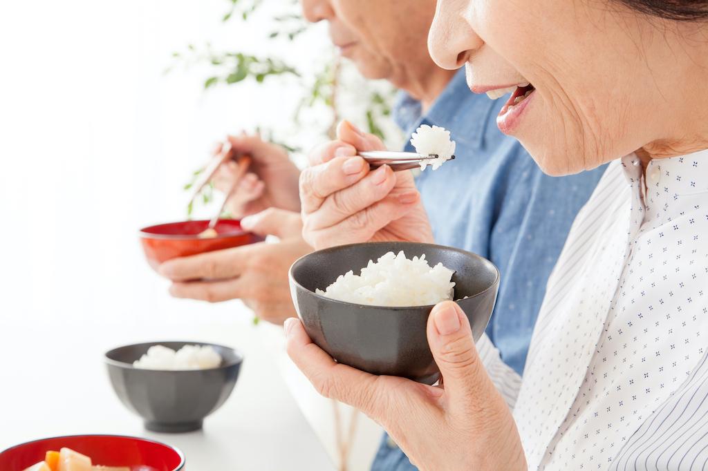 虫歯治療後にご飯を食べる際の注意点