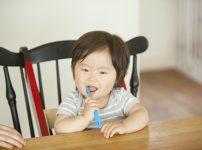 子どもの歯ブラシはすぐダメになる!交換のタイミングと選び方